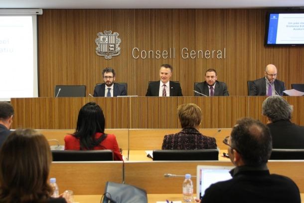 El ministeri vol que el batxillerat internacional sigui realitat el 2018