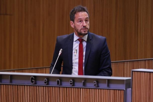 """El PS acusa DA de fer de la gestió pública """"una xarxa de clientelisme"""""""