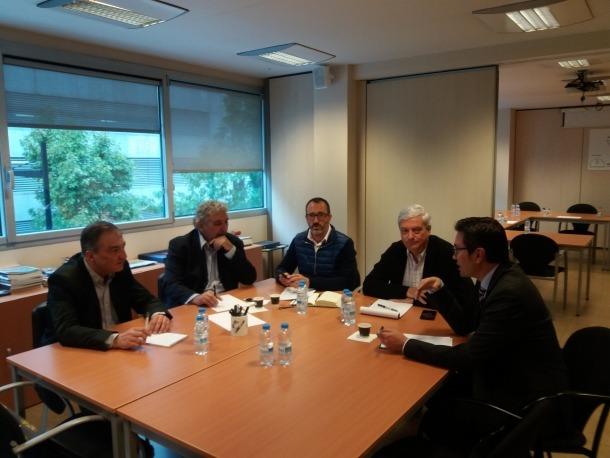 El Raonador del Ciutadà es va reunir ahir amb la comissió de la Confederació Empresarial Andorrana sobre l'habitatge.