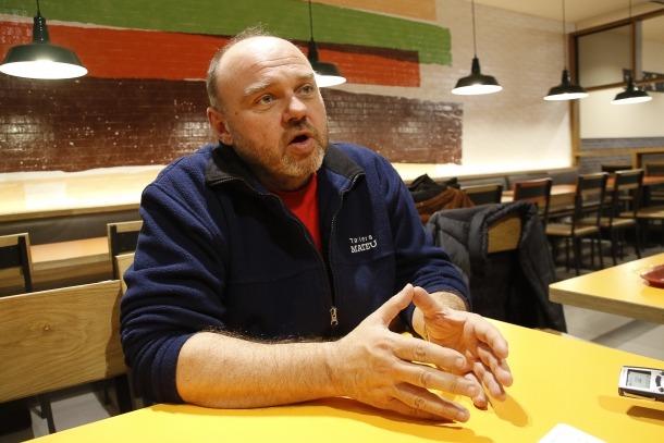Gabriel Ubach, és secretari general de la Unió Sindical d'Andorra.