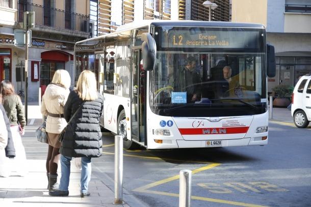 Un autobús de línia nacional.