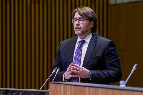 El conseller general d'Unió Laurediana-Independents de la Massana Carles Naudi, en una sessió del Consell General.