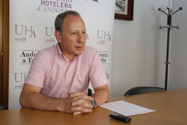Carles Ramos és el president de la Unió Hotelera d'Andorra.
