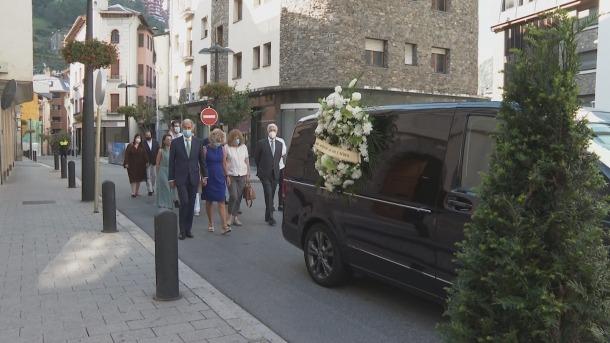 Família i amics van acomiadar ahir Francesc Badia a Sant Julià de Lòria.