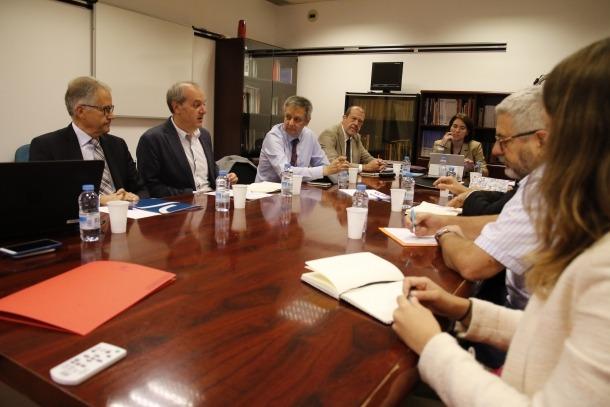 Primera reunió per definir les bases del que serà el servei d'oncologia