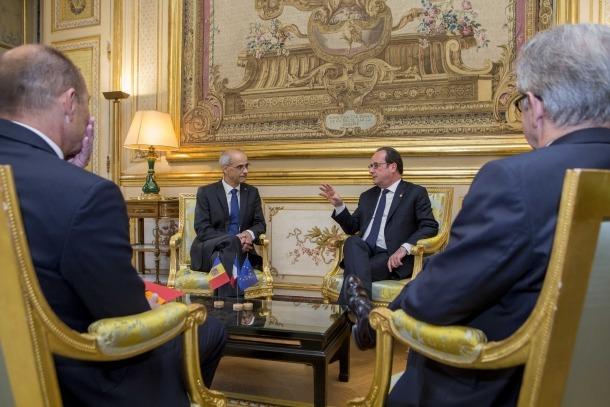 """Reunió de """"gratitud"""" de Martí i Mateu amb François Hollande"""