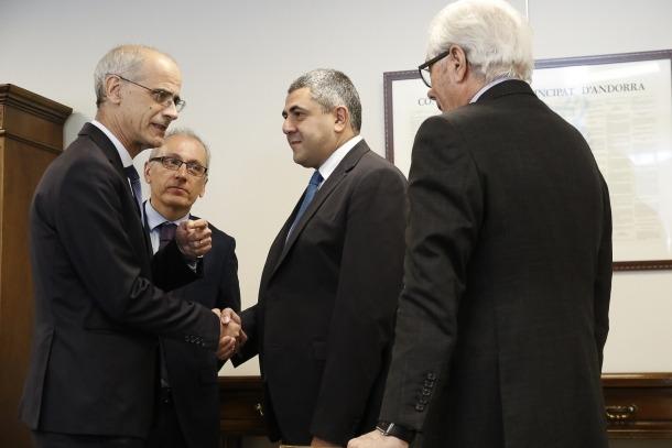 Un moment de la trobada d'ahir amb el secretari general de l'OMT.