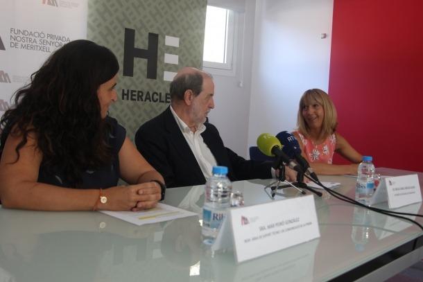 Mar Peiró, Miguel Ángel Verdugo i Céline Mandicó en la presentació de la conferència inaugural del curs, ahir.