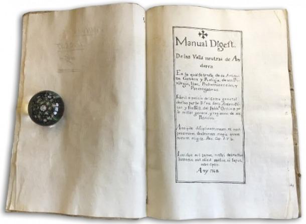 Primera pàgina del suposat 'Manual Digest' que se subhasta al portal espanyol.