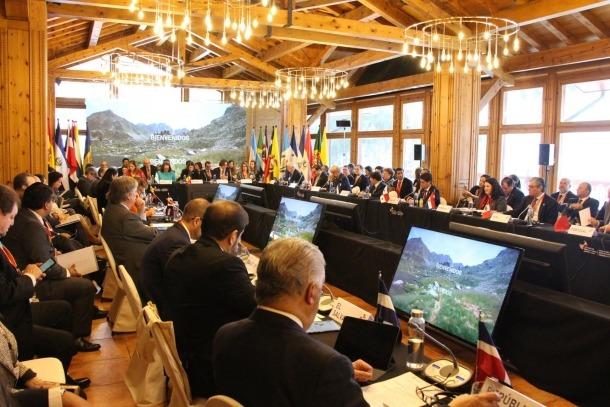 Trobada de la Cimera dels ministres d'Afers Socials de 22 països iberoamericans.