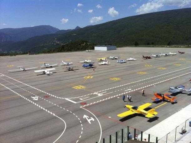 Proves a l'aeroport d'Andorra-la Seu per acollir vols instrumentals