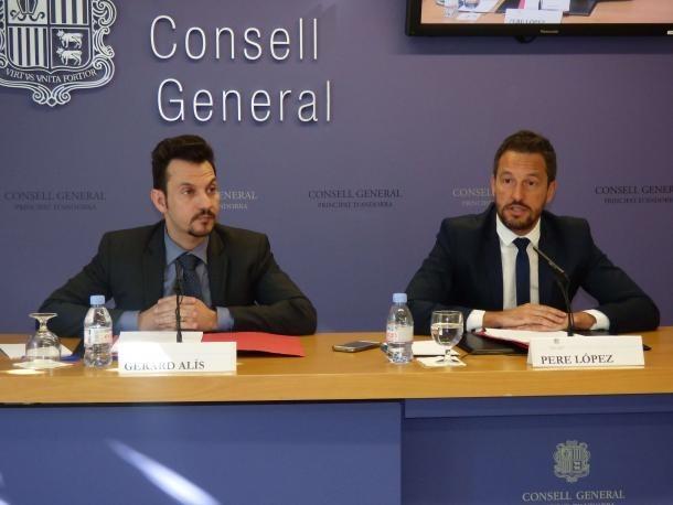 Els consellers del PS López i Alís.