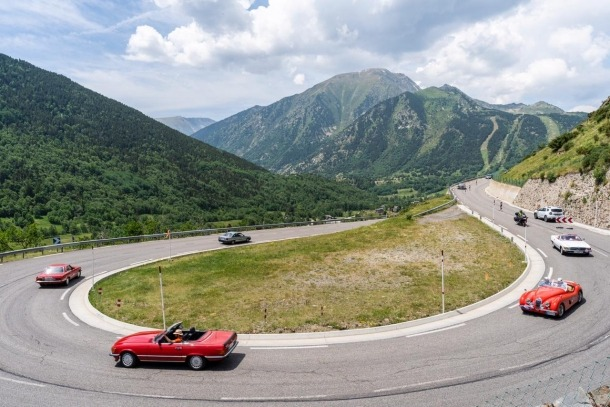 La primera ruta va sortir d'Andorra la Vella fins a Puigcerdà entrant a França.