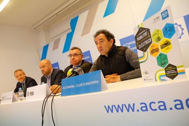 El director de màrqueting de Crèdit Andorrà, Joan R. Mas; Marc Calvet; el director de FEDA, Albert Moles; i Antoni Sasplugas.
