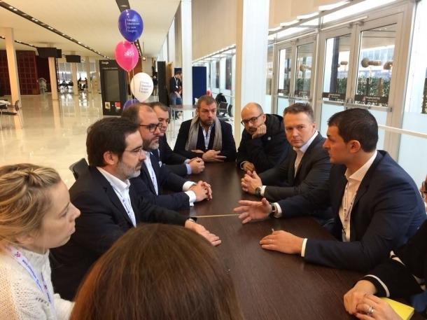 Gallardo es reuneix amb els primers ministres d'Holanda i Eslovènia