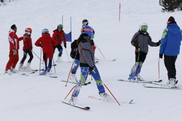 Esquiadors a les pistes d'esquí del Principat.