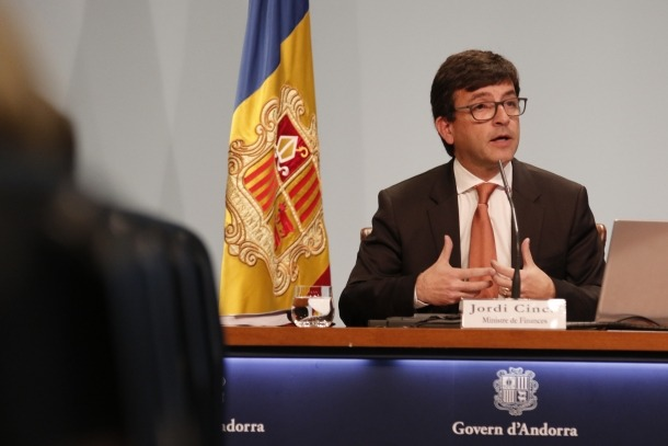 Cinca considera que les acusacions pretenen desestabilitzar el Govern