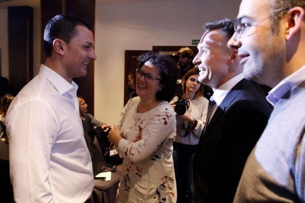 """Gallardo, candidat d'un moviment proper que """"no mira al passat"""""""