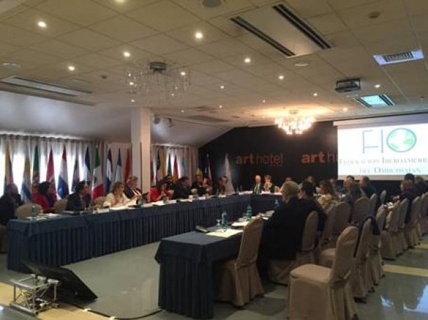 Un moment de la jornada d'ahir de la Federació Iberoamericana de l'Ombudsman.