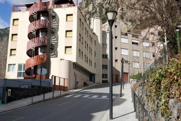 L'edifici Solà d'Enclar podria albergar el centre de reeducació intensiva de menors.