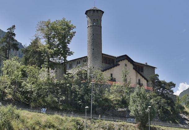 El Govern ha aprovat una partida de 2,3 milions per habilitar l'edifici històric de Radio Andorra com a seu del ministeri d'Exteriors.