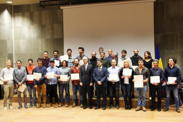 Una trentena d'educadors esportius recullen els diplomes atorgats per l'Efpem