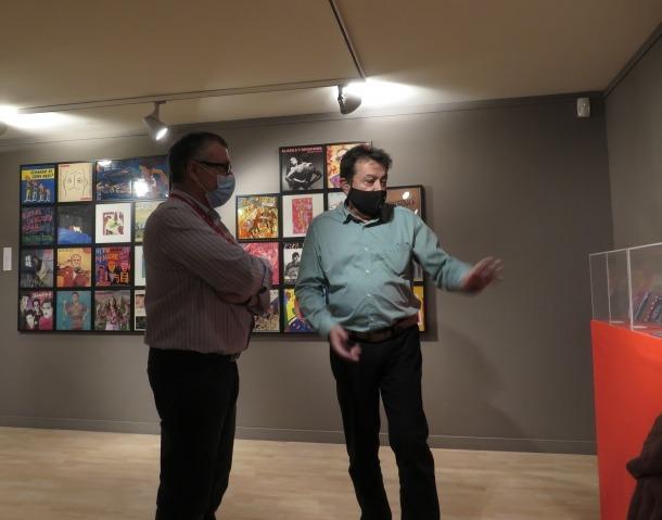 El comissari d''Art en vinil', Antonio Lafuente.