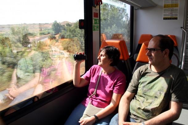 Arrenca el servei d'estiu del Tren dels Llacs amb el nou comboi