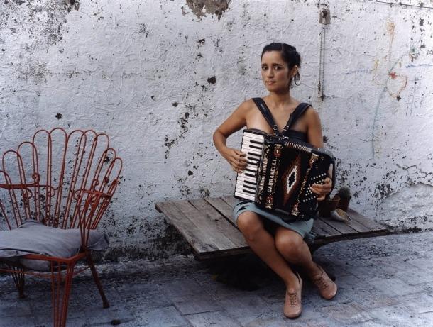 Julieta Venegas Andorra Mexand Algo sucede