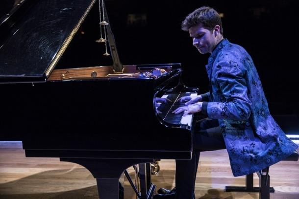 El piano de Marco Mezquida, aquest vespre a les nits de jazz a la pèrgola