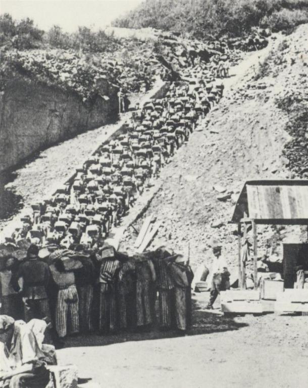 La funesta escala de la pedrera de Mauthausen, amb els seus 186 esglaons.