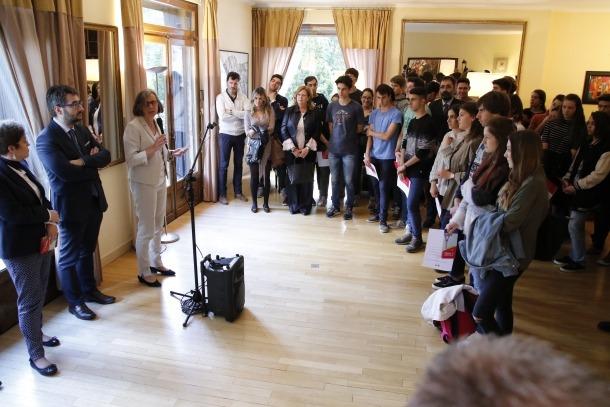 En marxa un projecte per donar suport als estudiants a França