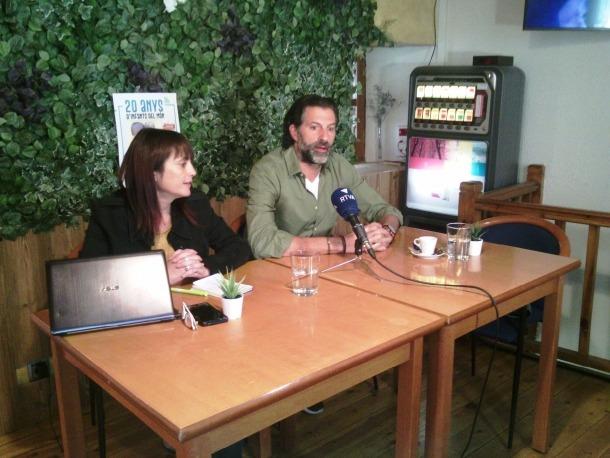 Helena Ardanaz i Franz Armengol van presentar el concert solidari ahir al matí a La Tapeta.