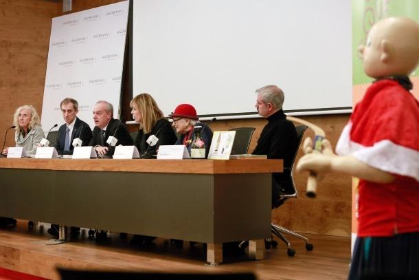 La presentació de 'Culleres que cuiden' es va fer ahir a la seu d'Andbank, a Escaldes-Engordany.