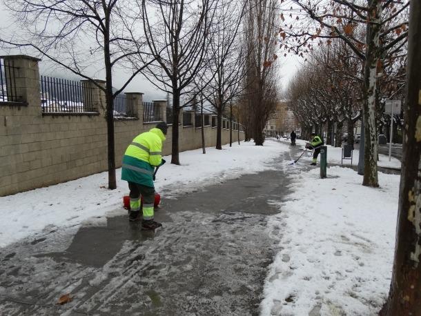 Més de 700 nens es queden sense transport escolar per la nevada