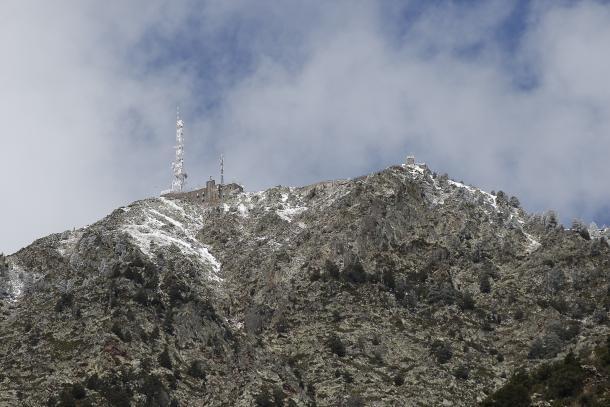 Vista del pic de Carroi, punt on hauria d'arribar el telefèric.