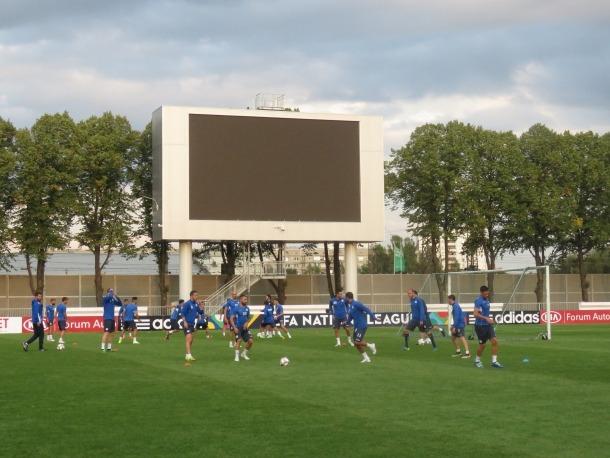 La selecció es va entrenar ahir al Daugava Stadium de Riga i avui comença una nova competició, la Nations League.