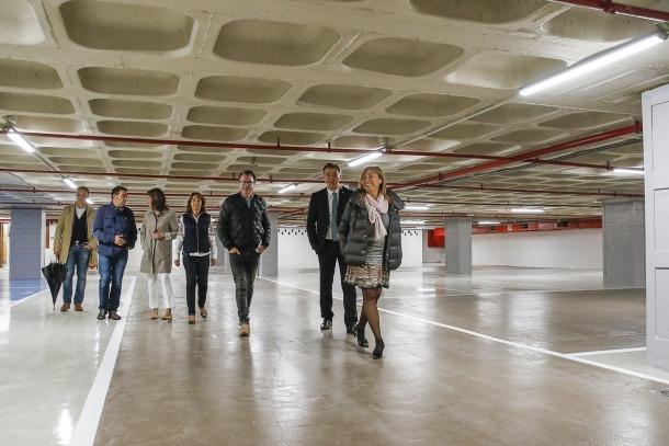 Marsol, Cortés i altres membres del Comú van visitar les obres a l'aparcament.