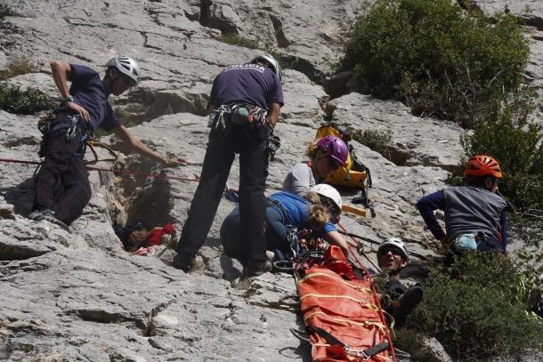 El Pirineu acull un curs de rescat en muntanya dirigit a sanitaris