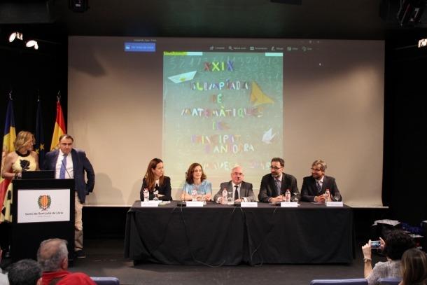 Cerimònia d'entrega de premis de la XXIX Olimpíada Matemàtica, ahir al vespre.