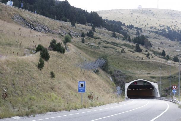 Torres agraeix que s'estudiï que el túnel d'Envalira sigui gratuït amb el port tancat