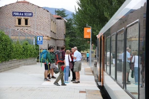 El tren de la Pobla triplica la xifra de viatgers amb 180.000 usuaris