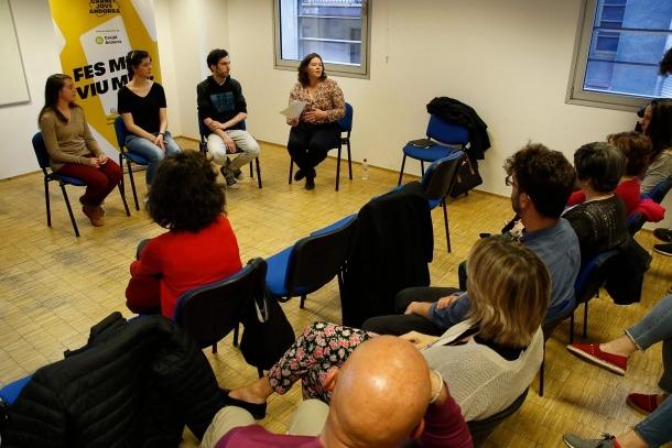 Moment de la xerrada al centre cultural La Llacuna, ahir a la tarda.