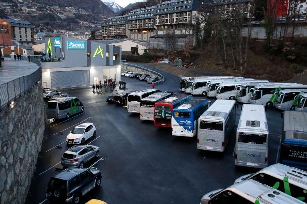 Exterior de la nova seu operativa d'Andbus a Andorra la Vella.