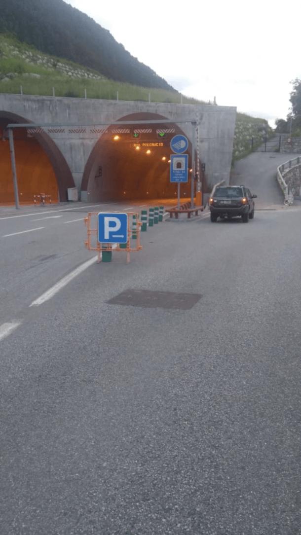 SDP creu que està mal indicat l'aparcament de Prada de Moles.