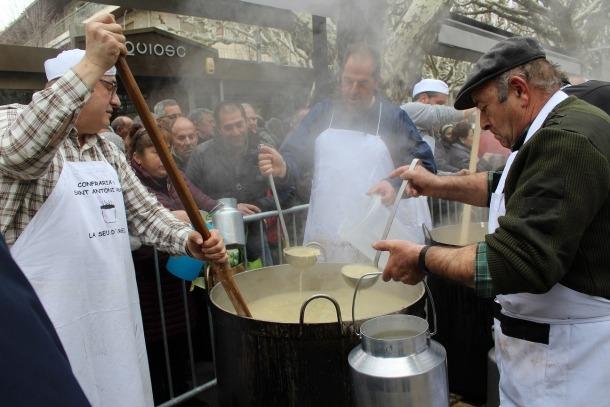 El passeig Joan Brudieu acollirà un any més la tradicional escudellada.