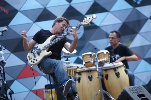 Migue Guerra, en una actuació al cicle Colors de Música de Coprínceps.