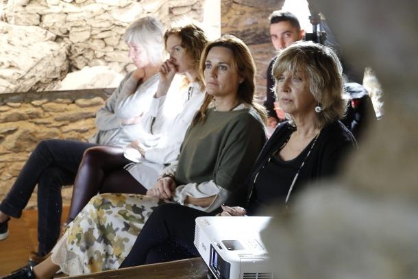 Les ministres Calvó i Gelabert, amb Maria Reig, van assistir ahir a la presentació del web i l'aplicació del programa Pedra seca.