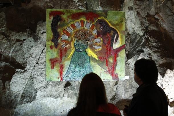 Andorra, exposició, Mama Maria, Matt Lamb, Toni Cruz, Lamb Umbrellas For Peace