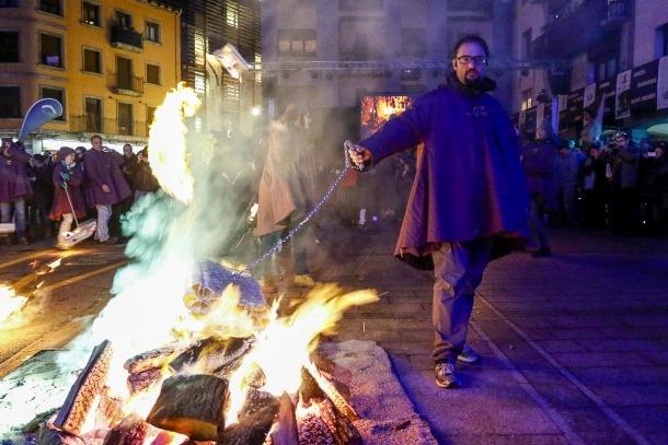L'1 de desembre del 2015 es van cremar excepcionalment falles a la plaça de les Arcades per celebrar l'ingrés a la llista del patrimoni mundial immaterial de la Unesco.